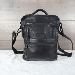 Tumi Alpha 910D3 Leather Shoulder Bag Crossbody